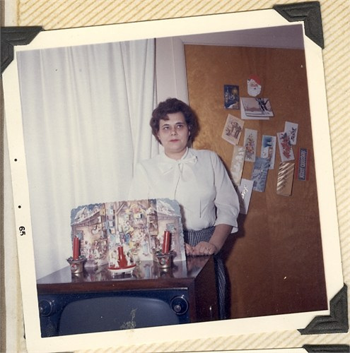 The photo of my Oma that everyone thinks is me in drag!